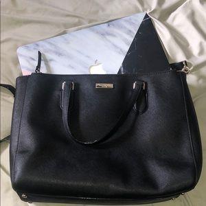 Black kate spade crossbody bag